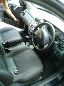Selling Ford focus automatic 1.6 petrol