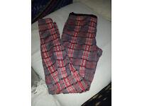 Thick tartan leggings