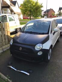 Late 2009 Fiat 500 Lounge 1.2 ---With Low Miles---
