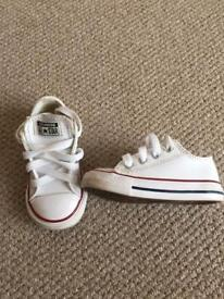 Children's Converse Unisex White Leather Trainers size 5