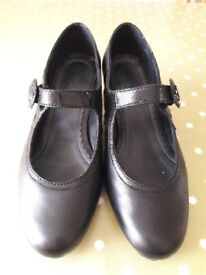 HOTTER Valetta Ladies Black Soft Leather Shoes Size 7.5 EXF WIDE Fitting NEW