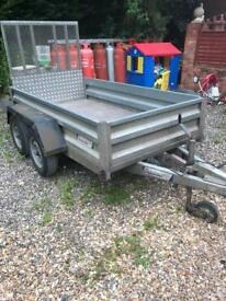8x4 indespension trailer 2.6 ton gross