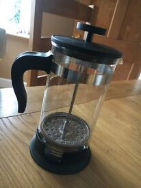 BLACK AND GLASS CAFETIERE