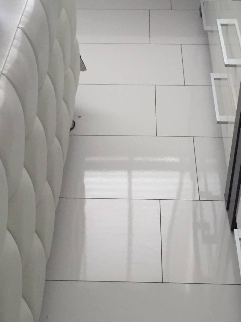 White Gloss Laminate Flooring