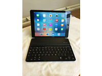 Logitech Ultrathin i5 Bluetooth Keyboard For Ipad Or Iphone