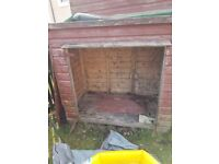 Small shed to be taken away free