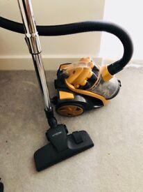 Vacuum cleaner fully working