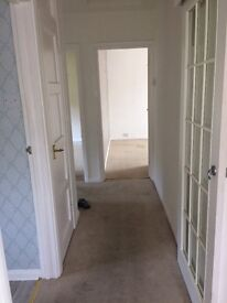 Spacious double room to let - High Wycombe