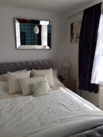 Double room close to city centre shortly at £180 per week