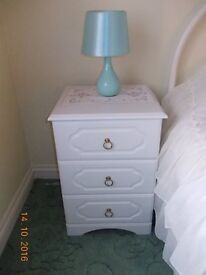 Chest of Drawers / Bedside Tables (Pair)