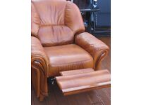 LIGHT BROWN/CARAMEL RECLINER CHAIR
