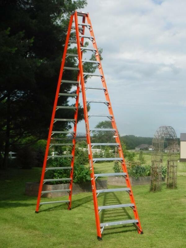 Louisville 16 foot Fiberglass 375lb. Double sided Twin Step Ladder FM1416HD