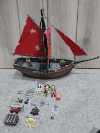 PLAYMOBIL 3174 RED CORSAIR PIRATE SHIP