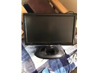 """19"""" LCD TV DVD with IPOD dock"""