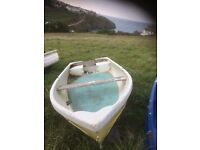 4.2m with dinghy commercial build trailer needs new bearings and wheels could deliver for the fuel