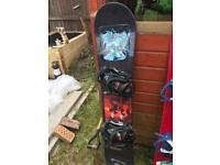Snow board with bindings 137 size ideal first board