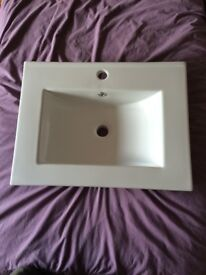 Villeroy and Boch style modern bathroom basin, brand new.