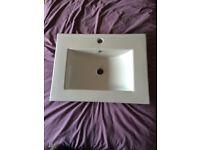 Villeroy and Boch style modern bathroom basin, brand new.