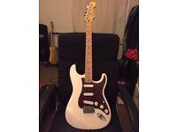 Fender MIM Stratocaster (Upgraded Pickups)