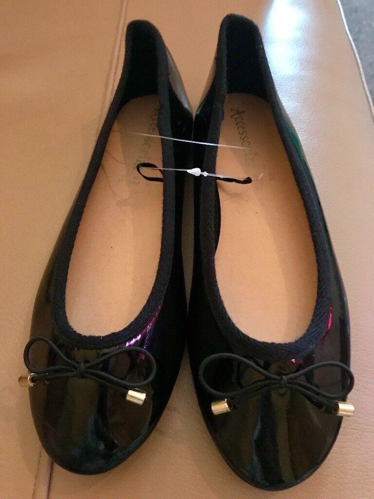 Size 5 brand new black patent ballet pump shoes