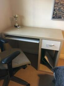 Desk. £18.