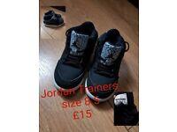 Boys Black Jordan Trainers Size 8.5