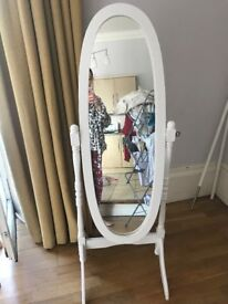 EXCELLENT QUALITY MIRROR !