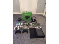 Xbox one 500 gig 2 controllers in great condition also 12 games and more
