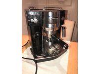 Coffee Machine: De'longhi EC820b Pump Espresso Machine