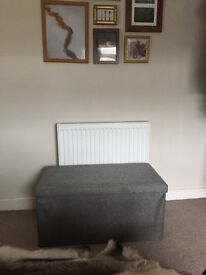 Great condition grey collapsable ottoman, hardly used!