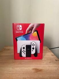 Nintendo Switch OLED Unboxed!