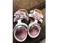 Girls shoes & sandals size 7