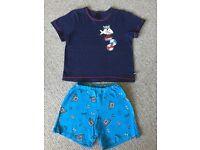 Sharks Pirate themed T-shirt and Short pyjama - Size 3 - 4 - £3