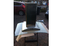 Elica Iceberg 100cm x 70cm island extractor hood, stainless steel chimney with curved glass hood.