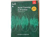 ABRSM Grade 4 & 5 Aural Training in Practice with CD