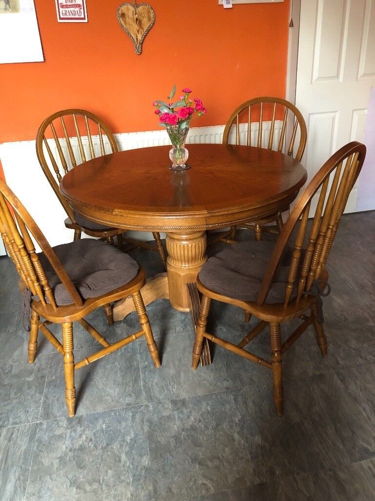 FOR SALE Kitchen Table And Chair Set
