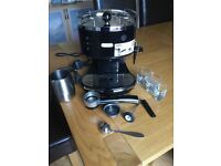 Delonghi coffee machine. Excellent condition with lots of extras £25 ono