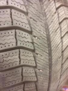 4 pneus d'hiver 225/50/17 Michelin X-Ice