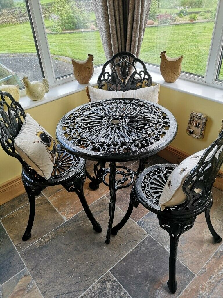 OLD CAST IRON PATIO TABLE AND CHAIRS GARDEN FURNITURE SET ...