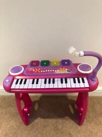 Child's Keyboard with Stand (No Mic)