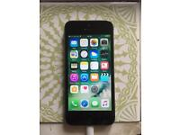 iPhone 5s 16gb unlocked in mint condition and fully working