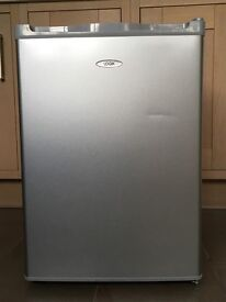 Logik Silver Table Top Fridge. Good condition only used for 6 weeks.