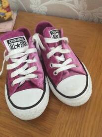 Girls converse size uk 10