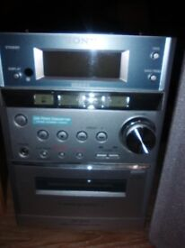 Sony Micro Hi-Fi Component System in Almost New Condition with Remote