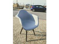 Bucket chair, light grey
