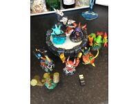 Skylanders Portal of Power and figures