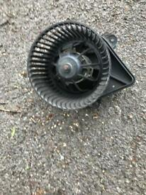 Fan motor for a vaxhall Renelt and Nissan van