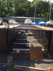 Stretched steel pontoon