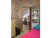 Beauty space/ Therapist area to let