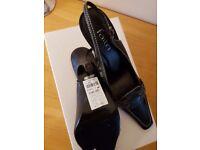Faith ladies size 5 black shoes